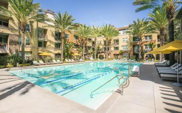 Main Street Village_Irvine_CA_Crystal Cove Pool_4