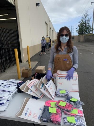Frontline Donations_IMG_8845