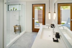 PHXAZ_P004 Guestroom Bathroom