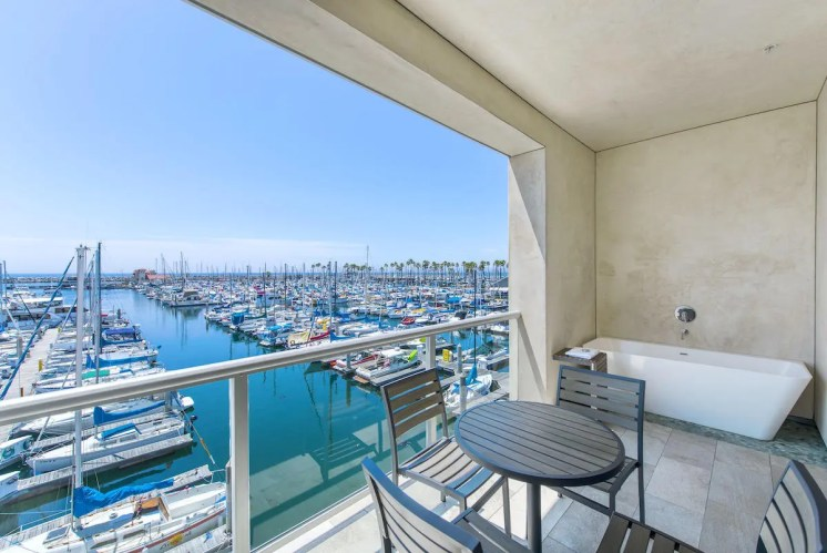 Shade Hotel_marina
