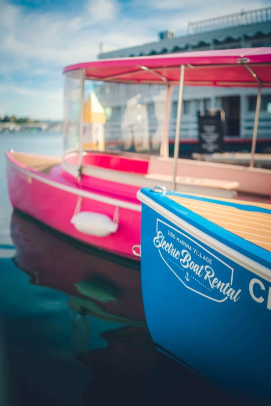 Lido Electric Boat_30_Lido-Marina-Newport-beach-Electric-Boat Rental-family-lifestyle-photoshoot_01475