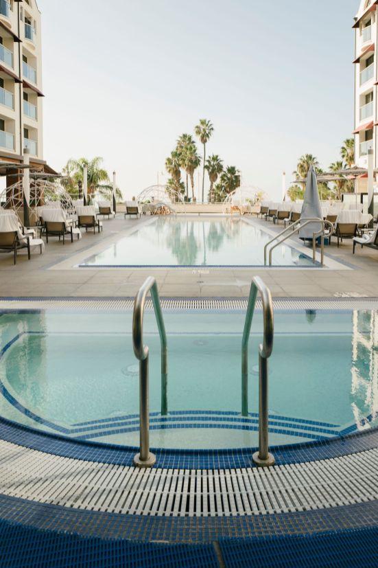 Loews SM Beach Hotel_Pool