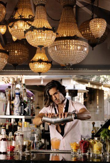 Pump_Bartender & gorgeous chandelier-min