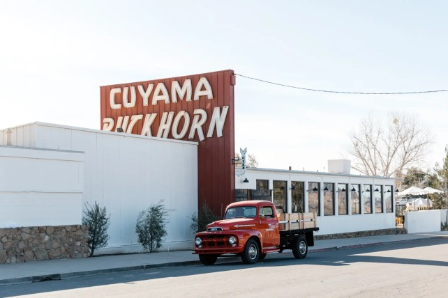 Cuyama_front sign truck