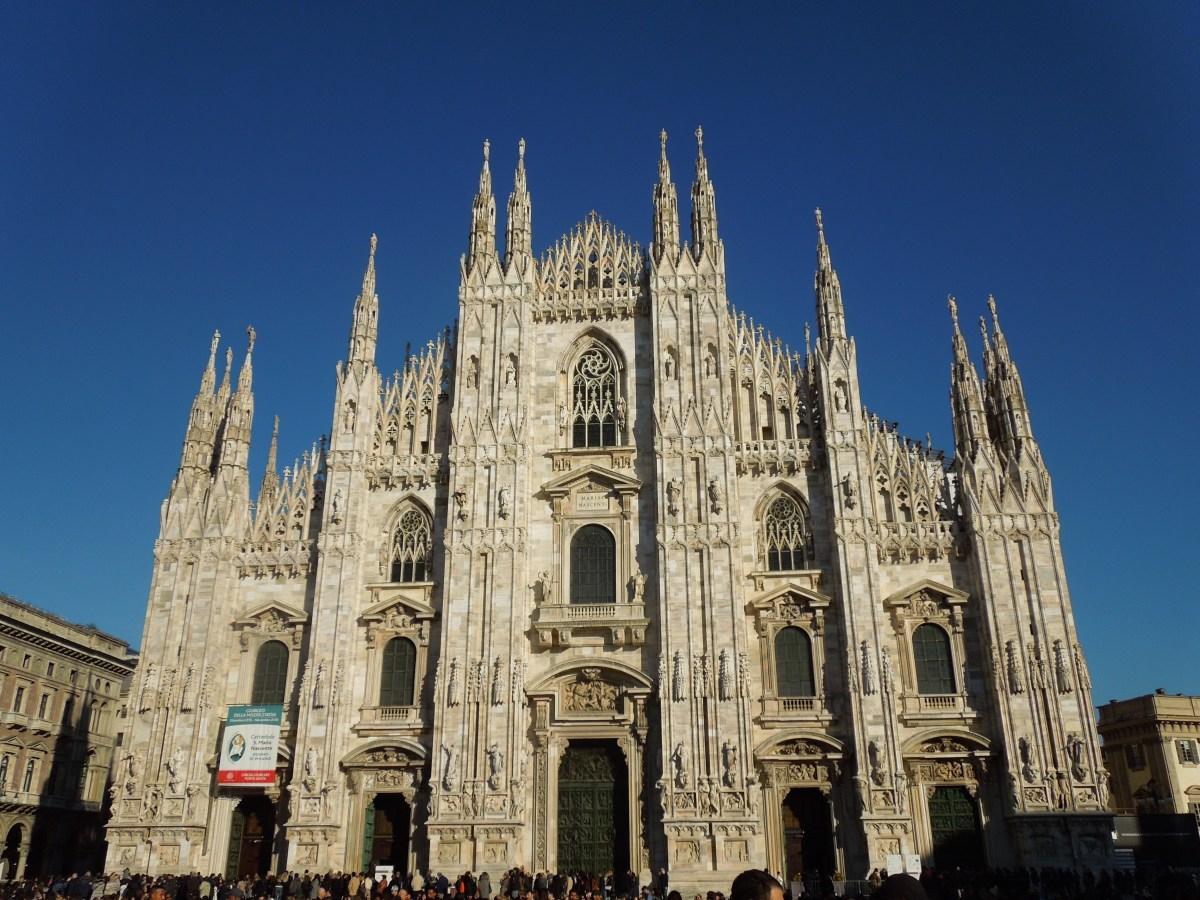 Piazza Del Duomo in Milan, Italy - 93.3%