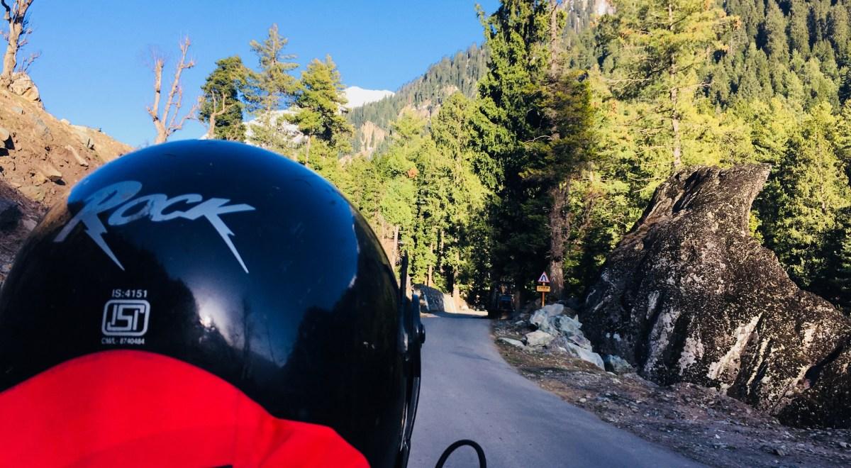 Srinagar Pahalgam Gulmarg Kashmir Road Trip