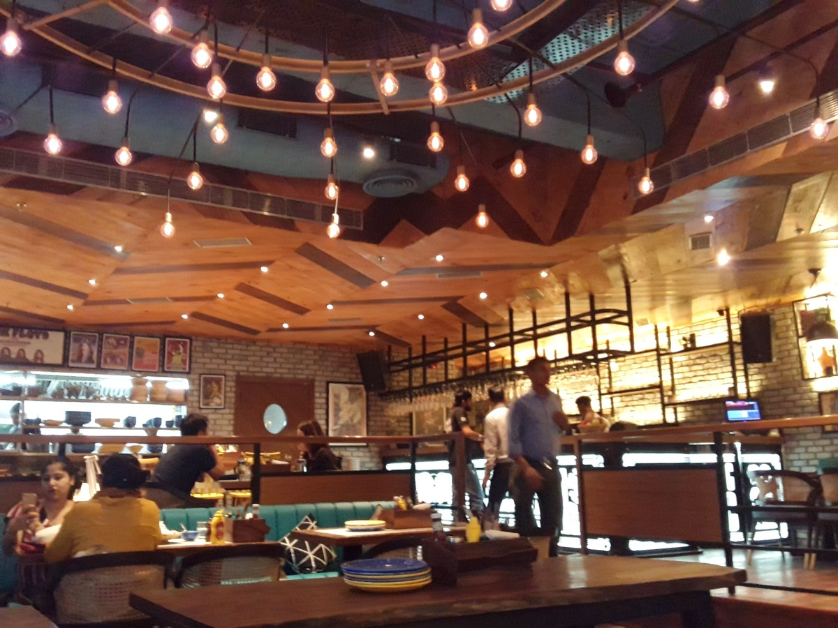 Two vastly different Italian Cafes in Gurgaon!