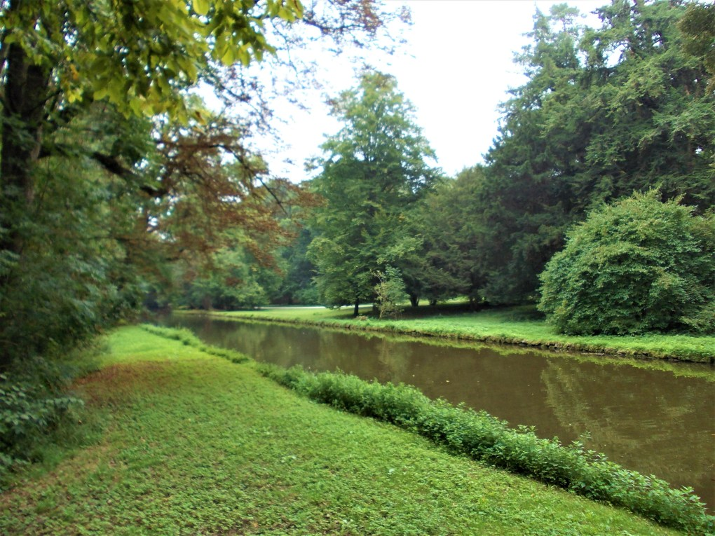 Nymphenburg woods & canal