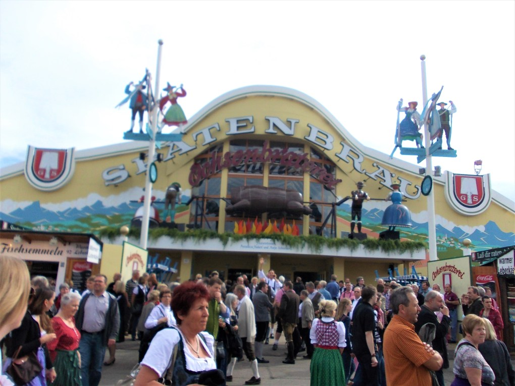 oktoberfest ground tent spatenbrau