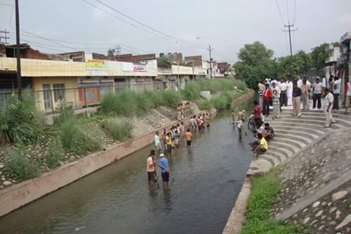 hindon river near haldoni village greater noida