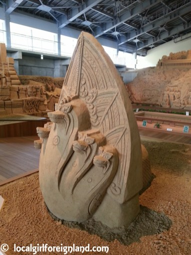 tottori-sand-museum-japan-150046