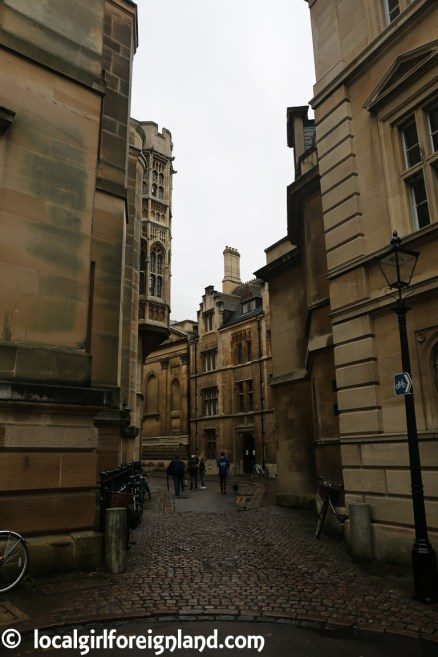 cambridge-in-the-rain-2690