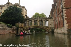 cambridge-punting-in-the-rain-2723