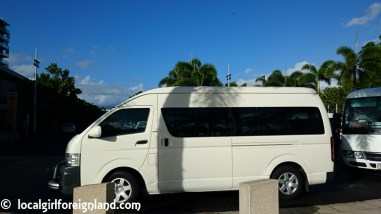 compass-cruises-great-barrier-reef-budget-cruise-cairns-day-tour-1300