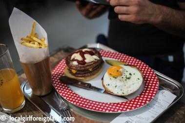 Double cheeseburger add egg, Sexy Burger