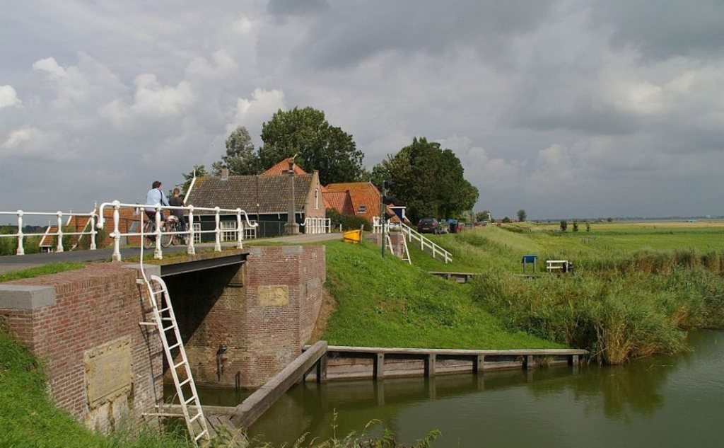 Bike tour Hoorn countryside
