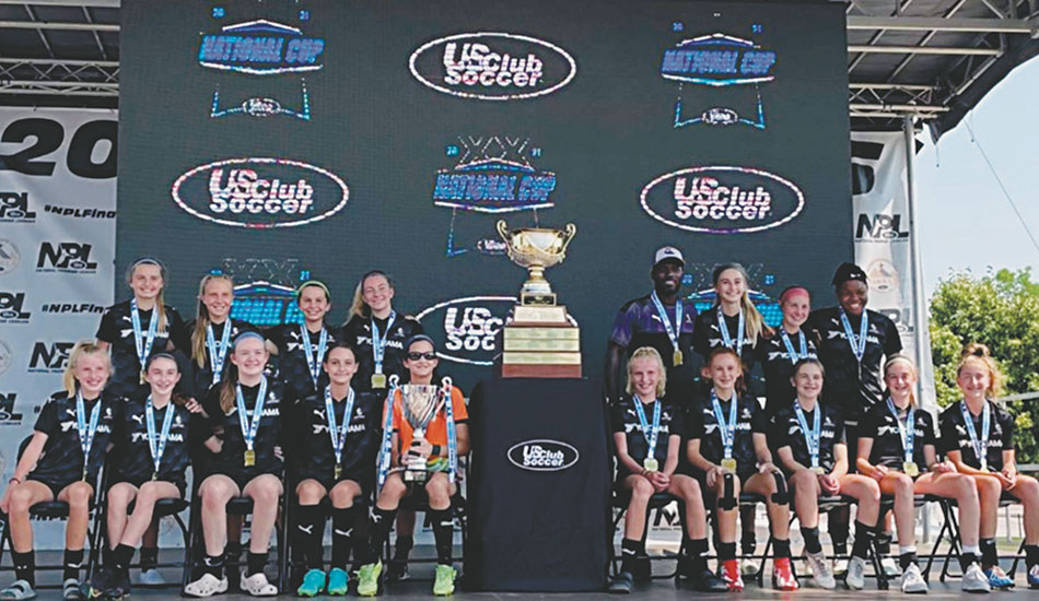 McElligott, Strong are national club soccer champions