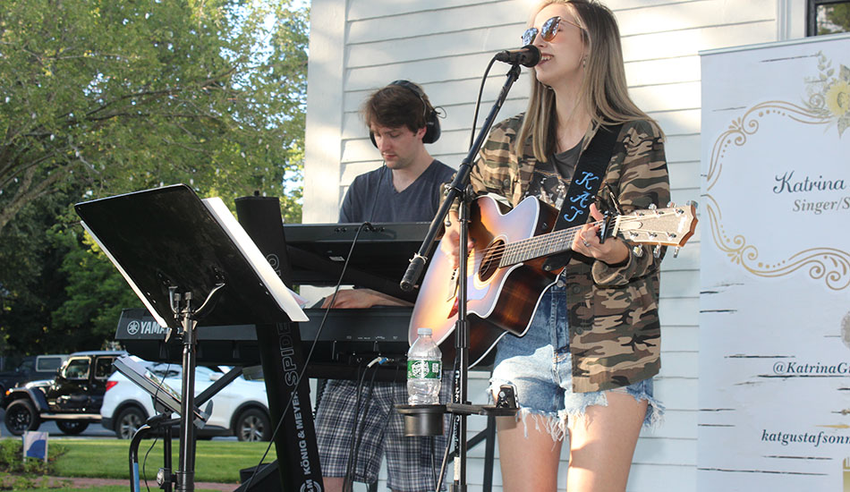 Concert welcomes home Katrina Gustafson, honors first responders
