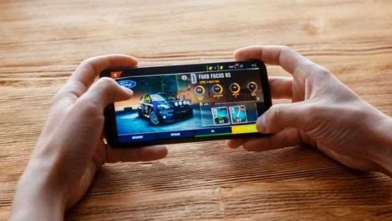 Android Smartphone Gaming Tips and Tricks in Hindi
