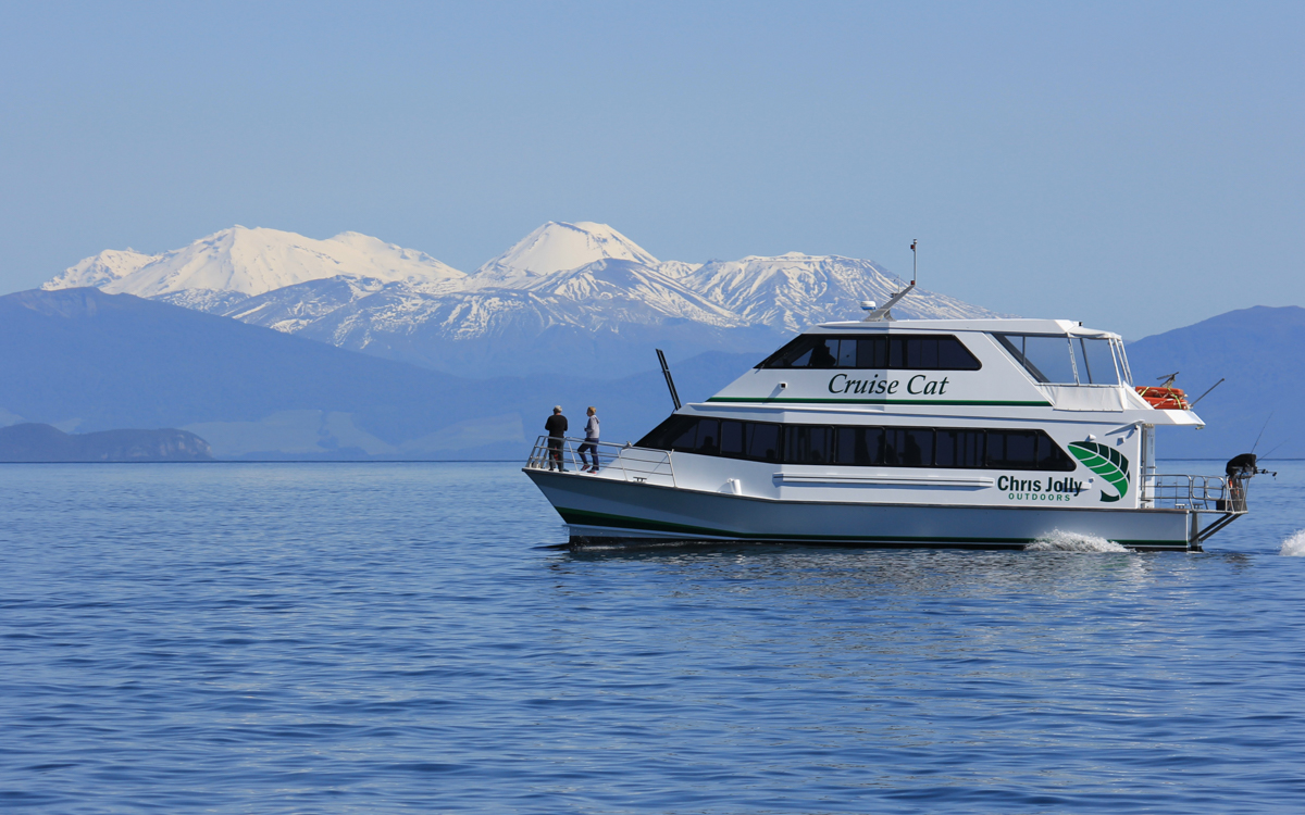 Cruising Lake Taupo