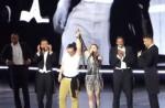 """Madonna dances with HK star Eason Chan on stage, """"kicks"""" his butt - 9"""
