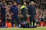 Man Utd boss Louis Van Gaal's fall during match inspires hilarious memes online - 3