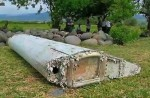 Anger and disbelief from MH370 China relatives over debris - 39
