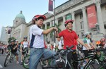 Thousands have fun on first Car-Free Sunday - 6