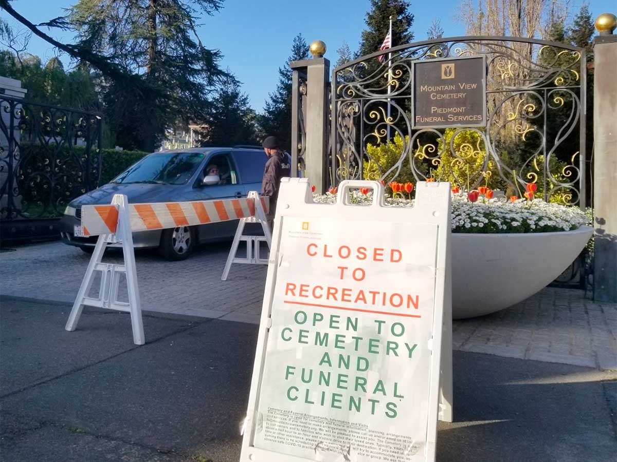 Locked out by pandemic, fans eager to reopen famed Mountain View Cemetery