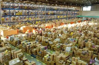 The new fulfillment centre is spread across 90,000 square feet, and offers more than 3 lakh cubic feet of storage space (Representational Image, Courtesy: Daily Mail)