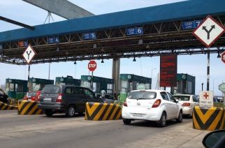 The Bandra-Worli sealink toll collection deadline has been extended till 2068 to fund the upcoming sealink between Bandra and Versova (Picture Courtesy: Devashree/Panoramio)