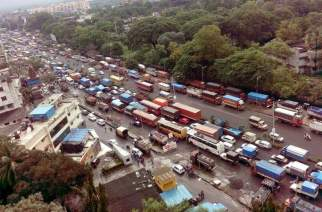 Traffic on Bhiwandi highway. Picture Courtesy: Property India