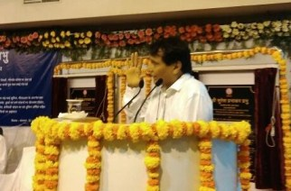 Suresh Prabhu inaugurating the facalities