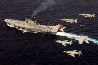 INS Viraat. Picture Courtesy: Wikipedia Commons