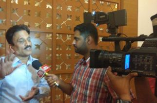 Mahajan told reporters that his intention was not to hurt women's sentiments (Picture Courtesy: Mayuresh Ganapatye‏)