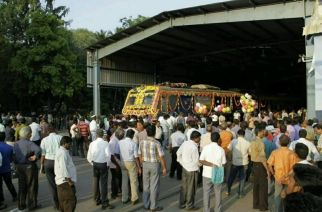Mumbai's 1st AC local getting flagged off from Chennai