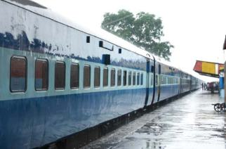 Railways comes to the rescue of Thane and Navi Mumbai residents