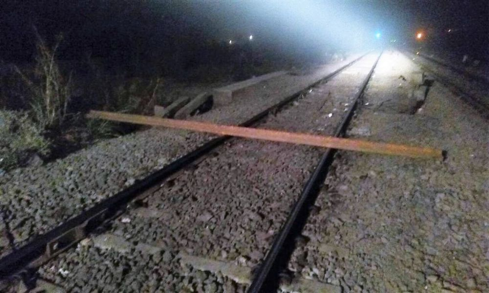Railways offers Rs 5000 reward to Jan Shatabdi driver who spotted 15ft rail piece, saved 700 lives
