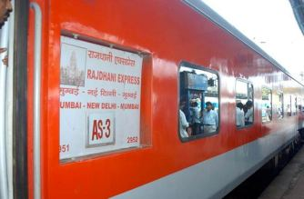 The new Delhi-Mumbai Rajdhani service will run on an experimental basis for 3 months (Representational Image. Courtesy: The Quint)