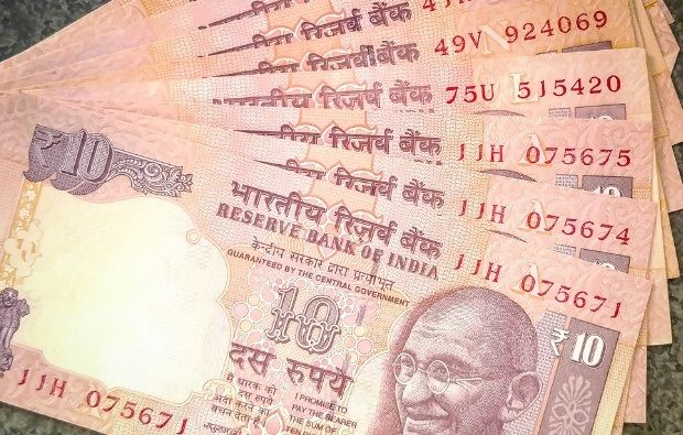 RBI to issue new Rs 10 notes, old notes to remain valid