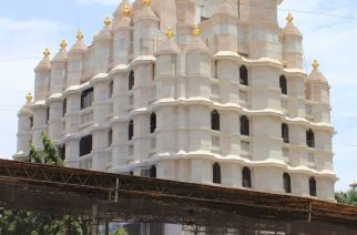 Siddhivinayak temple to get Maharashtrian style makeover costing Rs 1 crore