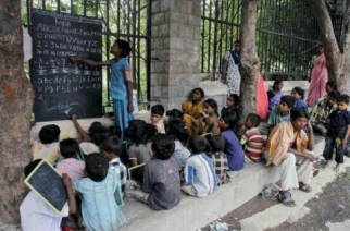 Street children to get free education at Thane's 'traffic signal school' from Monday