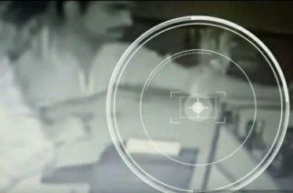 Video: Man demands 'free beer' at gunpoint from Kalyan bar