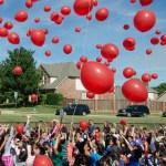 balloons hands
