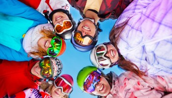 Ski sport fun friends