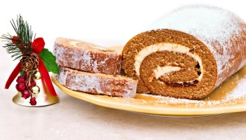 Holiday Pumpkin Cake Roll with Cheese Filling