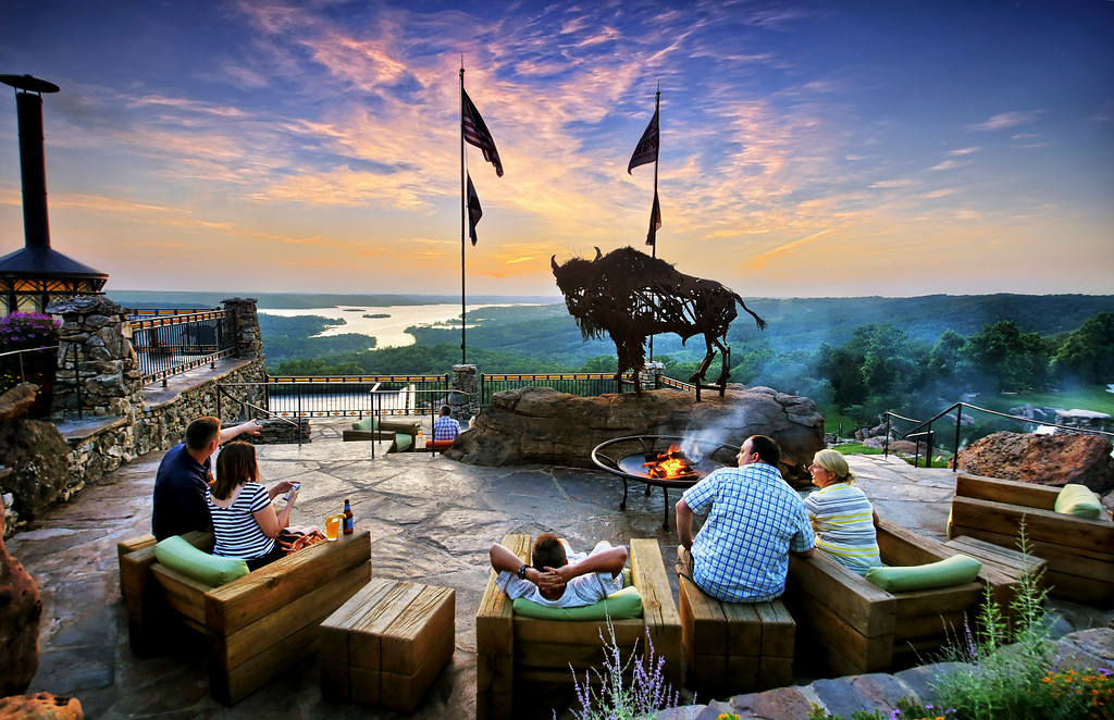 buffalo bar patio xl1