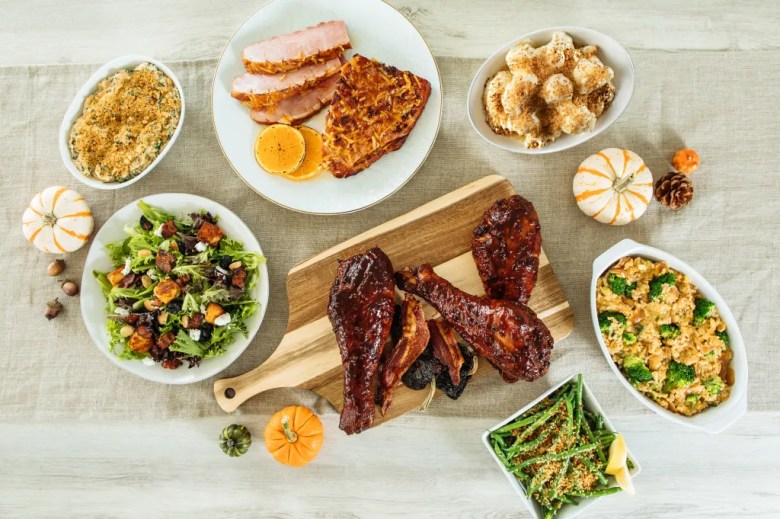 pre-order Thanksgiving meals eatzi