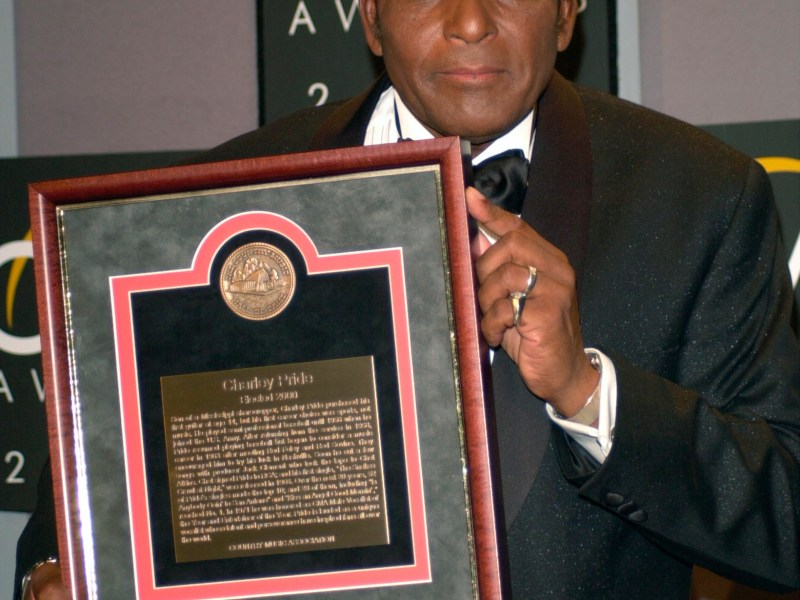 Charley Pride Dies from COVID-19