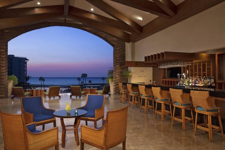Krystal Grand Los Cabos lobby bar
